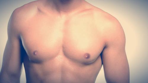 Liposucción de pecho